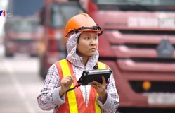 Bạn biết gì về công việc của các công nhân cảng biển?