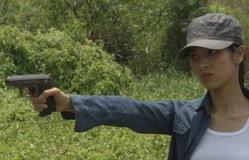 Đánh tráo số phận - Tập 30: Hà Linh tạm biệt học sinh, bị phát hiện nơi lẩn trốn