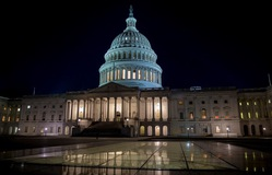 Thượng viện Mỹ đạt thỏa thuận chi tiêu tạm thời
