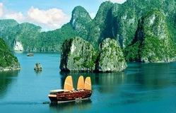Vịnh Hạ Long lọt top 50 kỳ quan đẹp nhất thế giới