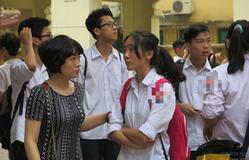 Thí sinh làm thủ tục đăng ký dự tuyển vào lớp 10 Hà Nội cần lưu ý những điều này!