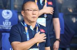 Được vinh danh tại Cúp Chiến thắng, HLV Park Hang-seo tặng toàn bộ tiền thưởng cho Quỹ Tấm lòng Việt