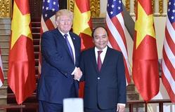 Thủ tướng Nguyễn Xuân Phúc chúc mừng Hoa Kỳ phát triển thành công 2 loại vaccine COVID-19