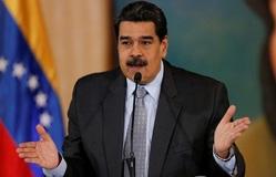 Venezuela chấm dứt 20 năm trợ giá xăng dầu