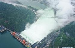 Vỡ đê sông Dương Tử, 9.000 người dân Trung Quốc phải sơ tán