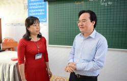 Bộ trưởng Nhạ lắng nghe tâm tư giáo viên Bạc Liêu khi triển khai chương trình GDPT lớp 1 mới