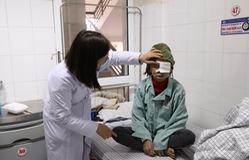 Hỏng cả 2 mắt do không điều trị kịp thời đục thủy tinh thể