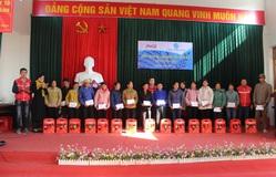 Tặng quà Tết cho 100 phụ nữ có hoàn cảnh khó khăn tại Lạng Sơn