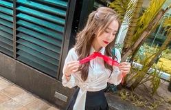 Quỳnh Nga trẻ trung với phong cách nữ sinh