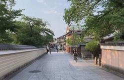 """COVID-19: Những điểm du lịch sầm uất của Nhật Bản trở nên """"hoang vắng"""" lạ thường"""