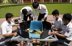 Sinh viên Campuchia chế tạo taxi bay không người lái