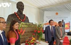 Trang trọng tổ chức lễ đặt tượng Chủ tịch Hồ Chí Minh tại Ấn Độ