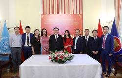 Người Việt Nam ở nước ngoài là bộ phận không tách rời của dân tộc