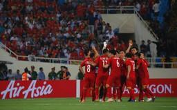 AFF Cup 2018: Thắng ĐT Myanmar, ĐT Việt Nam chắc chắn vào bán kết