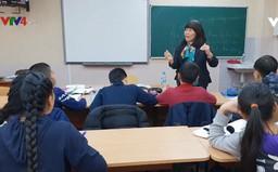 Những giáo viên đứng lớp vì niềm đam mê