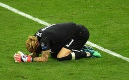 Loris Karius nói gì sau những sai lầm nghiêm trọng tại chung kết Champions League