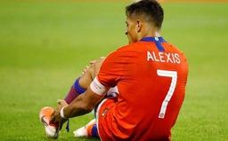 Alexis Sanchez gặp chấn thương khi tập trung cùng ĐT Chile
