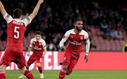 UEFA Europa League: Lacazette tỏa sáng, Arsenal đánh bại Napoli ngay tại San Paolo