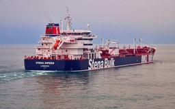 Iran công bố video bắt giữ tàu chở dầu treo cờ Anh