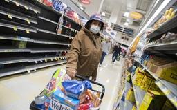 """Người Mỹ đối mặt với """"cơn ác mộng"""" chuỗi cung ứng: Tiền có nhưng khó mua hàng"""
