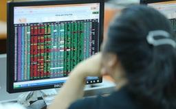 """Chuyển """"nhà"""" một số cổ phiếu từ HSX qua HNX: Giải pháp tạm để chống """"nghẽn"""" hệ thống giao dịch?"""