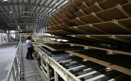 """Ngăn chặn tình trạng đầu tư """"núp bóng"""" để ngành gỗ Việt phát triển"""