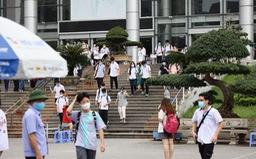 38 thí sinh Hà Nội không dự thi vào lớp 10 vì COVID-19, 2 thí sinh vi phạm quy chế