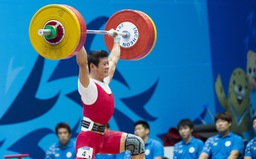 Cử tạ Việt Nam giành 3 vé đến Olympic Tokyo