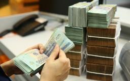 Lãi suất tiền gửi tiếp tục giảm tại một số ngân hàng