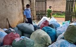 Phát hiện cơ sở tái chế hơn 1 tấn khẩu trang
