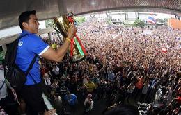HLV Kiatisuk cam kết lâu dài với ĐT Thái Lan