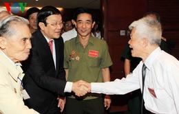 Chủ tịch nước gặp mặt chiến sĩ cách mạng bị địch bắt tù đày