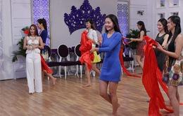 """Top 15 """"Hoa khôi áo dài Việt Nam"""" trổ tài hát, múa trong Liveshow trực tiếp"""