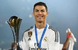 Ronaldo áp đảo Messi theo bầu chọn của báo Anh