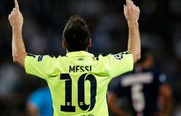 Ajax 0-2 Barcelona: Messi đi vào lịch sử Champions League