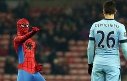 Những bức ảnh bóng đá hài hước nhất 2014