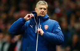 "Arsenal thua sốc, HLV Wenger ""lo sốt vó"""