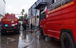 Bình Dương: Khống chế hỏa hoạn ở xưởng găng tay Phúc Thủ