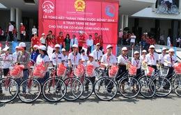 """""""Hành trình cuộc sống"""" trao tặng 770 xe đạp cho trẻ em nghèo"""