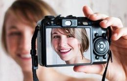 """Chụp ảnh """"tự sướng"""" thúc đẩy ngành công nghiệp thẩm mỹ"""