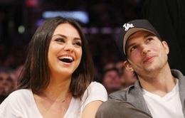 Vợ chồng Ashton Kutcher học cách làm cha mẹ qua Google