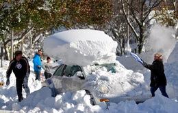 Thoát chết sau 13 giờ bị chôn vùi trong tuyết