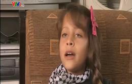 Palestine: Bé gái 8 tuổi trở thành phóng viên chiến trường