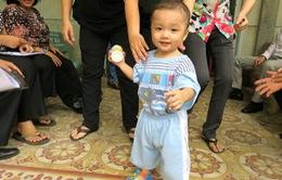 Phương án chăm sóc bé trai 2 tuổi bị bỏ rơi trên taxi