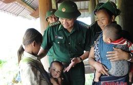 Quảng Trị: BĐBP hỗ trợ học sinh khó khăn trên tuyến biên giới