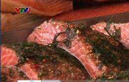 Cá hồi Na Uy chứa nhiều chất gây ung thư?