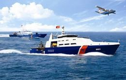 Chủ tịch UBMTTQVN trao tiền hỗ trợ Cảnh sát biển và Kiểm ngư Việt Nam