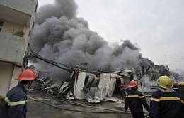 Cháy công ty dệt tại Long An