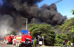 TP. HCM: Cháy lớn tại công ty nội thất