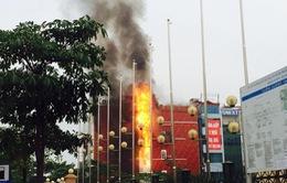 Hà Nội: Cháy quán karaoke trên đường Hồ Tùng Mậu